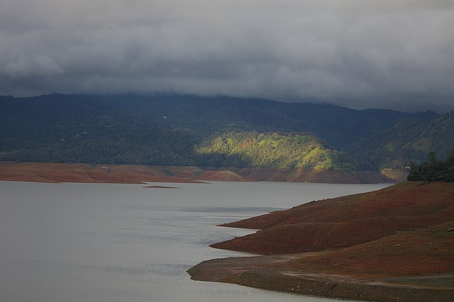 California drought: mandatory water restrictions imposed